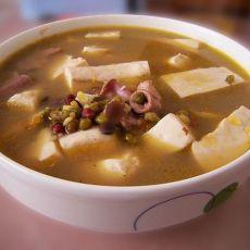 粉肠豆腐汤