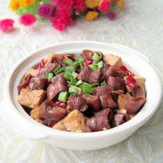 肥肠豆腐煲的做法