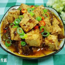 虾酱炒豆腐的做法