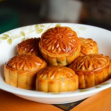 广式枣泥月饼