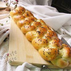 四股辫子面包
