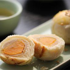 白莲蛋黄酥