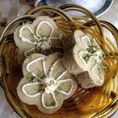 抹茶花朵蛋糕的做法