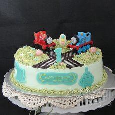 仿翻糖托马斯场景蛋糕