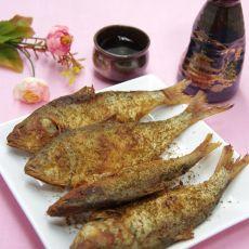 酥炸海鲫鱼的做法