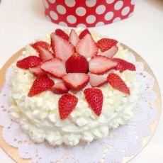 裱花奶油蛋糕