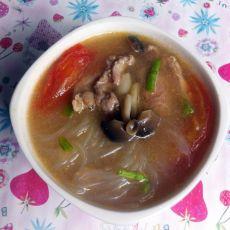 真姬菇番茄肉片汤