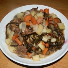 海带土豆烩牛肉的做法