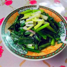 蒜苗炒莴笋叶的做法