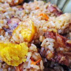 粽香排骨粘米饭的做法