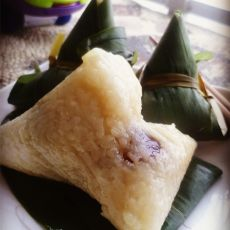 蜜枣糯米粽子的做法
