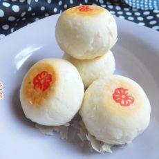 莲蓉蛋黄酥皮月饼