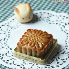 广式紫薯莲蓉月饼