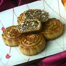 果仁玫瑰月饼