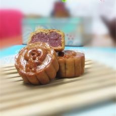 广式草莓月饼的做法