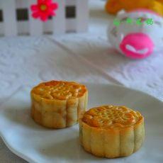 双色蛋黄月饼