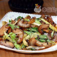 蒜香豆瓣炒猪皮的做法
