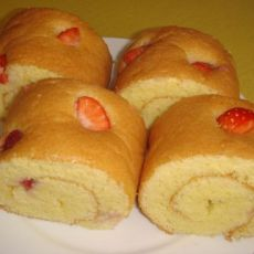 草莓海绵蛋糕卷(分蛋法)
