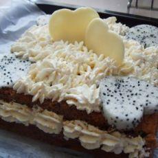 巧克力水果夹心蛋糕