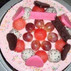 草莓香草牛奶慕斯蛋糕