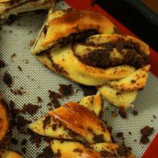 硬质面包【巧克力蛋糕辫子包】