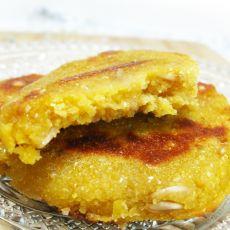 玉米面贴饼子