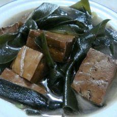 (原创首发)豆腐海带汤