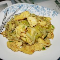 (原创首发)韭黄炒蛋