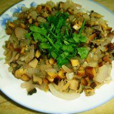 美味蛤蜊烩三丁