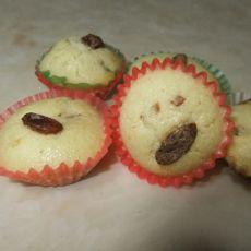 葡萄干黄油小蛋糕的做法
