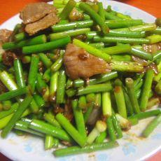 肉片炒蒜苔