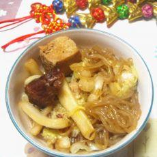 红烧肉烩冻豆腐白菜