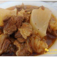 牛肉萝卜煲的做法