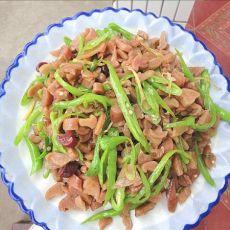 萝卜干炒杭椒的做法