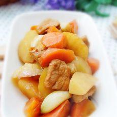 蒜香萝卜土豆烧肉
