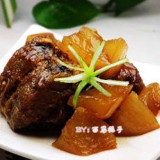 红烧鳕鱼炖萝卜
