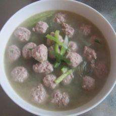 青萝卜丸子汤