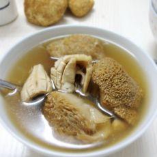 猴头菇墨鱼养胃汤
