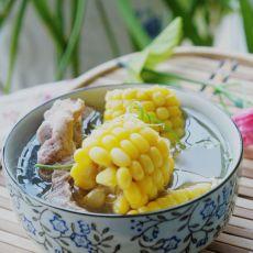 玉米炖龙骨的做法