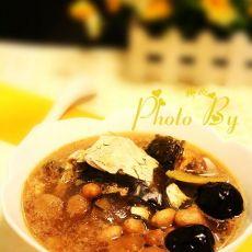 桂圆肉花生鱼头汤的做法