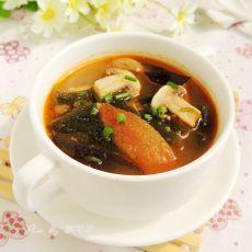 西红柿木耳海带汤的做法