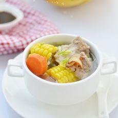 玉米大骨头汤的做法