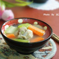 丝瓜胡萝卜骨头汤