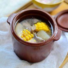 玉米山药煲排骨