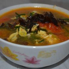 番茄木耳养生汤