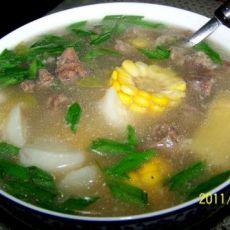 萝卜玉米羊肉汤的做法