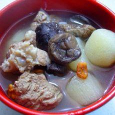 山药香菇枸杞排骨汤