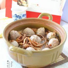 腐竹针菜羊肉丸汤