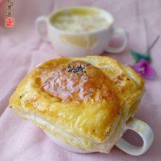 酥皮玉米浓汤