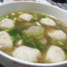 丝瓜鱼丸汤的做法